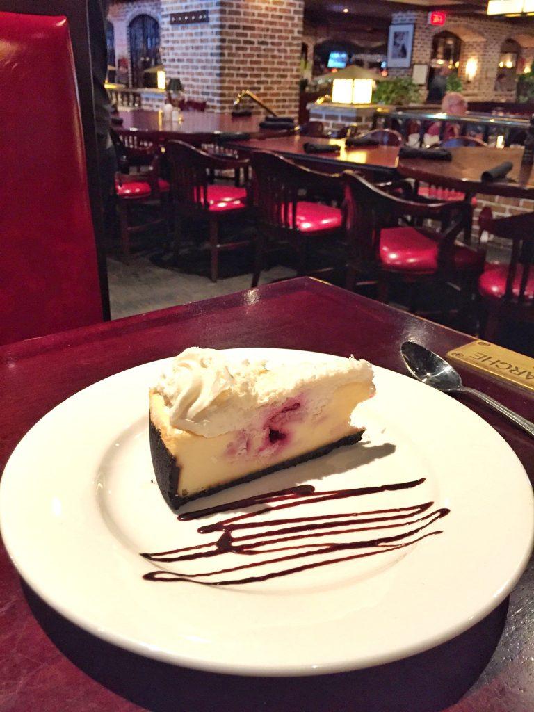 Cheesecake no baton rouge - @dicadeturista
