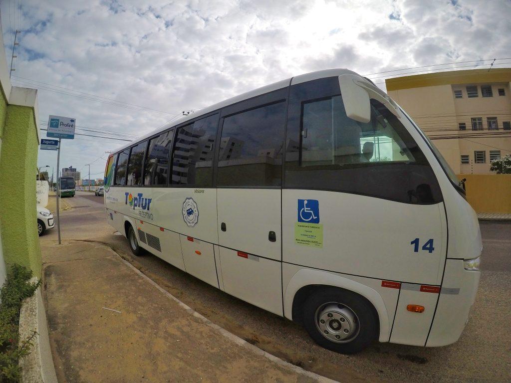 Microonibus da Toptur