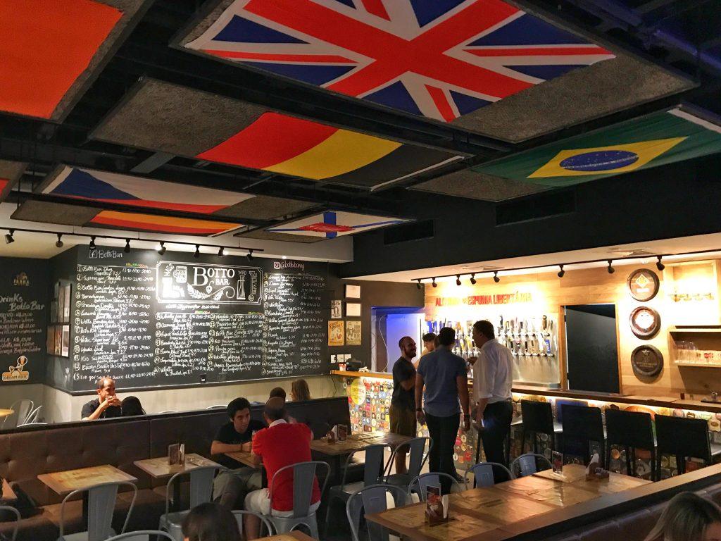 Foto da parte iterna do Botto Bar Barra da Tijuca
