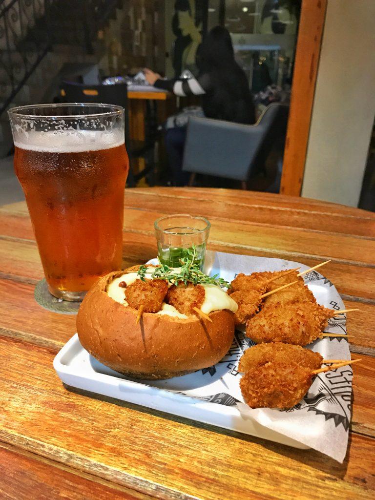 Foto de um dos pratos mais pedidos do Calles bar de tapas
