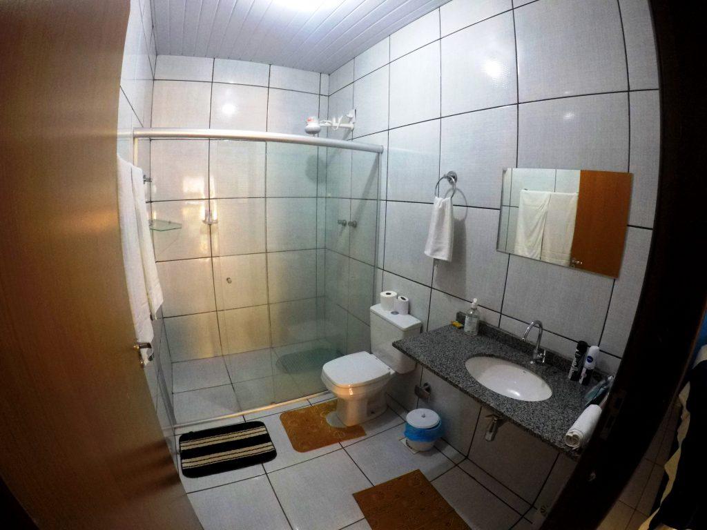 Banheiro da Pousada Jardim do Cerrado